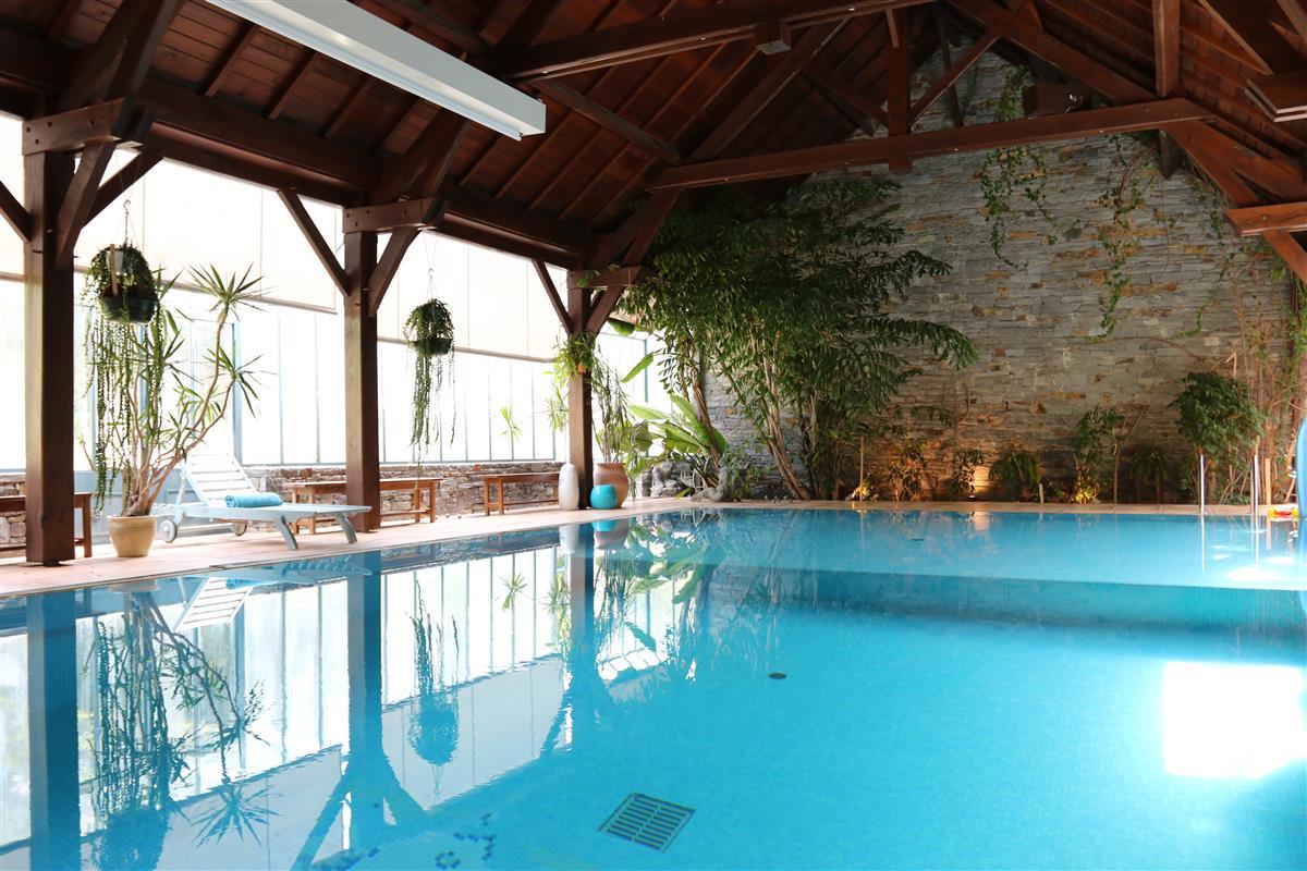 la piscine - Gite Avec Piscine Couverte Bretagne